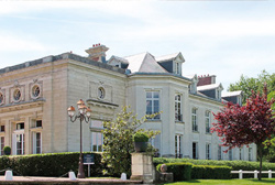 Novotel Chateau de Maffliers Hotel
