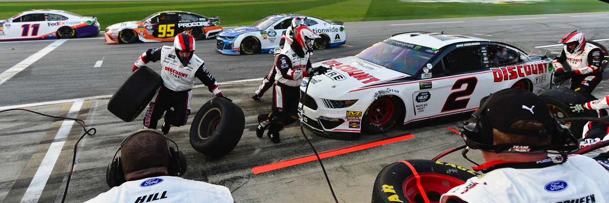 Daytona 500 slide 2