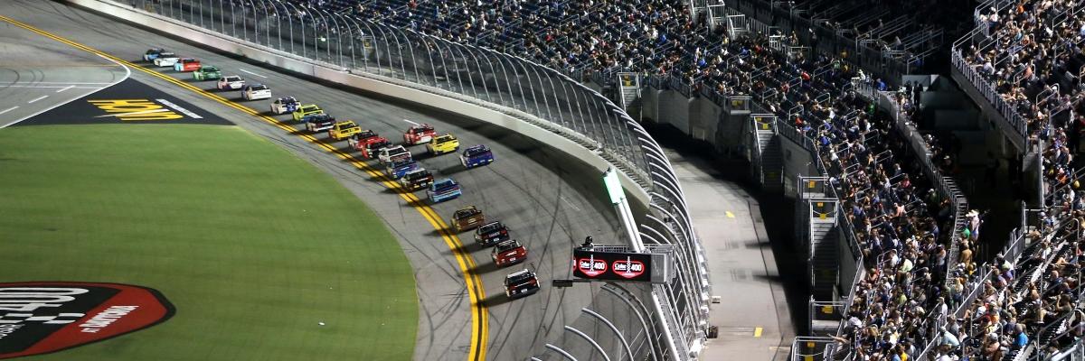 Daytona 500 slide 3
