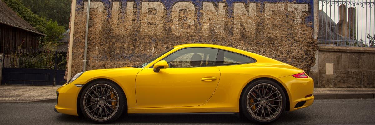 Porsche Champagne Tour 2022 slide 1