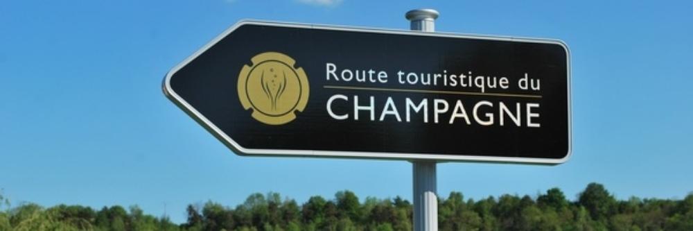 Porsche Champagne Tour 2022 slide 3